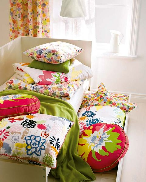 Yellow, Room, Interior design, Textile, Linens, Bedding, Cushion, Wall, Bedroom, Interior design,