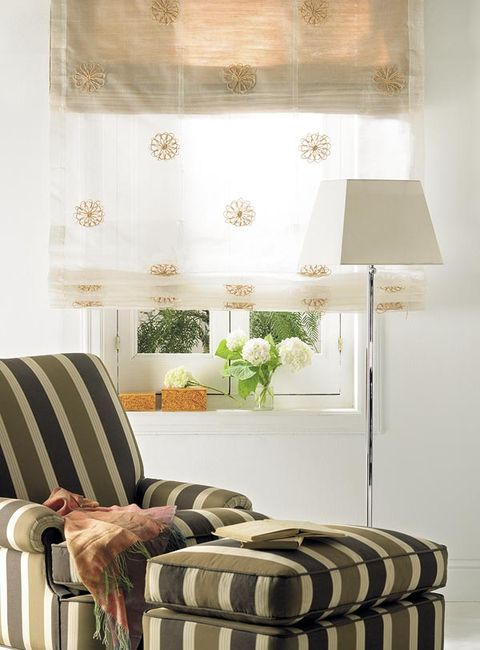 Room, Interior design, Lampshade, Interior design, Linens, Lamp, Bedroom, Throw pillow, Bedding, Home accessories,
