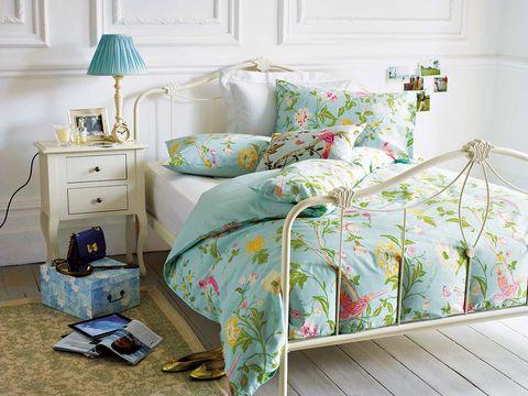 Room, Green, Interior design, Textile, Home, Wall, Bed, Furniture, Bedroom, Bedding,