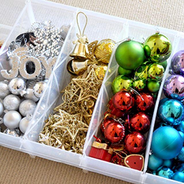 Guardar adornos de Navidad