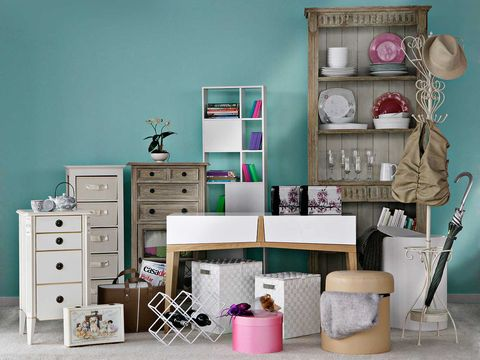 Room, Interior design, Drawer, Chest of drawers, Wall, Furniture, Teal, Turquoise, Cabinetry, Dresser,