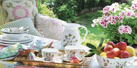 Pink, Picnic, Table, Furniture, Event, Plant, Recreation, Flower, Tablecloth, Still life,