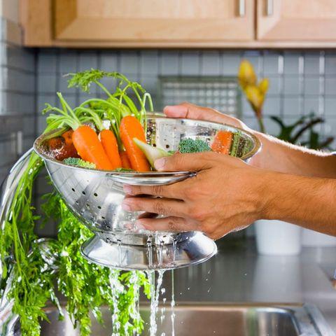 Carrot, Food, Fluid, Ingredient, Root vegetable, Produce, Vegetable, Liquid, Natural foods, Vegan nutrition,