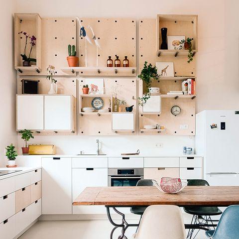 Room, White, Furniture, Interior design, Kitchen, Property, Home, Shelf, House, Wall,