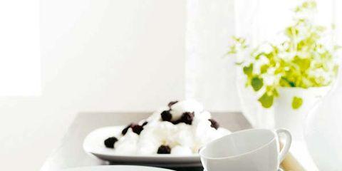 Coffee cup, Cup, Serveware, Drinkware, Dishware, Porcelain, Tableware, Teacup, White, Saucer,