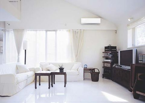 Room, Floor, Interior design, Wood, Property, Flooring, Wall, Home, White, Ceiling,