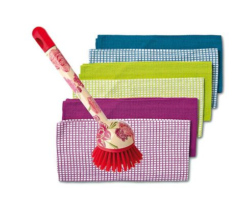 Magenta, Pencil case, Household supply, Wristlet, Household cleaning supply, Tartan,