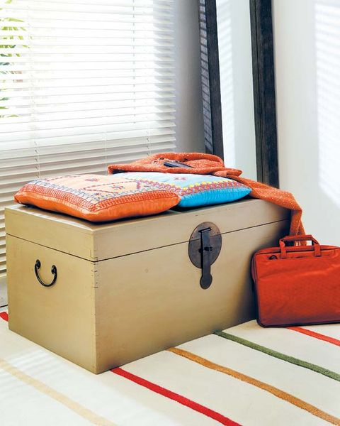 Textile, Red, Orange, Window covering, Bag, Luggage and bags, Window treatment, Linens, Baggage, Rectangle,