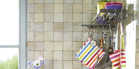 Bottle, Shelving, Glass bottle, Box, Home accessories,