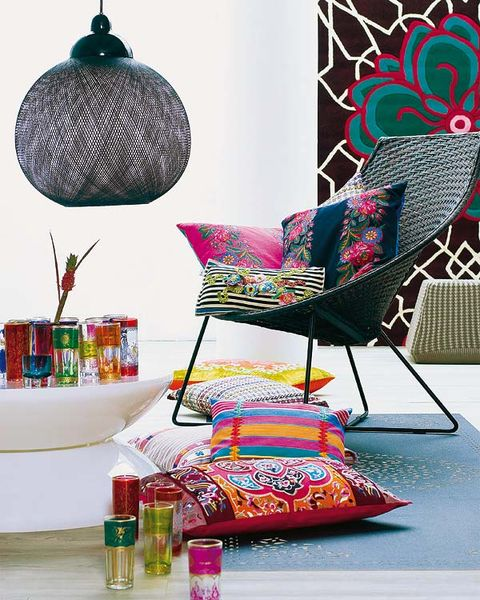 Magenta, Chair, Interior design, Teal, Home accessories, Cushion, Present, Pillow, Throw pillow, Armrest,