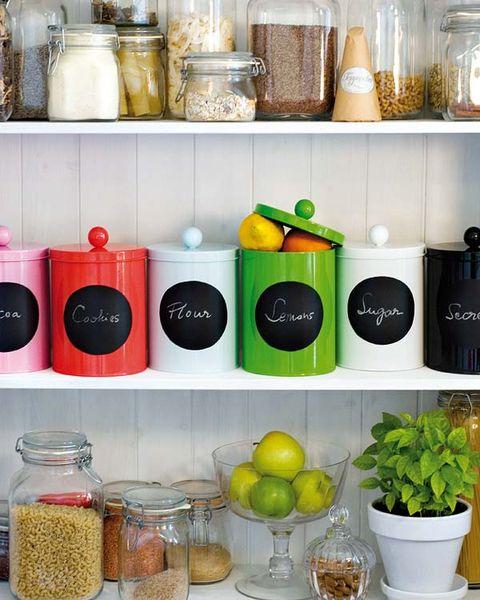 Green, Flowerpot, Ingredient, Food storage containers, Serveware, Dishware, Houseplant, Small appliance, Major appliance, Kitchen,