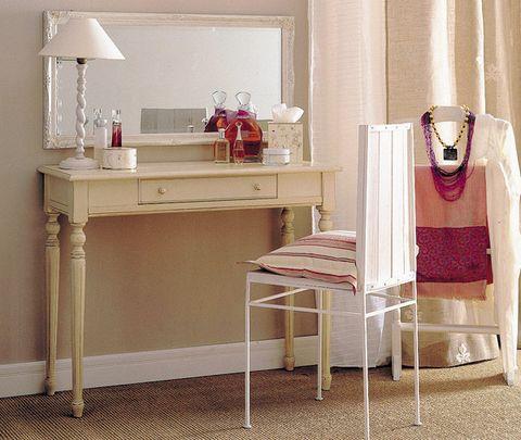 Room, Interior design, Furniture, Floor, Lampshade, Interior design, Beige, Lamp, Home, End table,