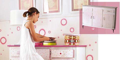 Room, Major appliance, Home appliance, White, Kitchen appliance, Floor, Pink, Kitchen, Flooring, Countertop,