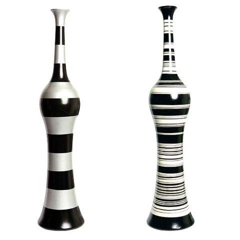 Product, Line, Black, Design, Bottle, Still life photography, Reed instrument,