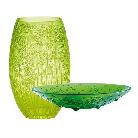 Green, Serveware, Dishware, Liquid, Porcelain, Ceramic, Mixing bowl, Pottery, Drinkware, earthenware,