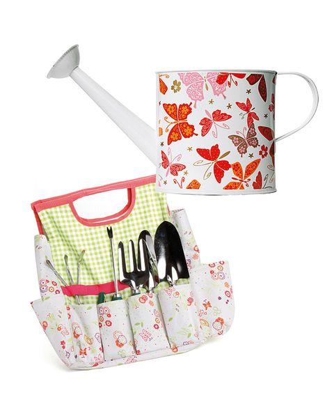 Pattern, Kitchen utensil, Wallet, Blade, Pattern, Tool,