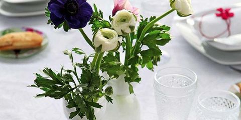 Serveware, Dishware, Petal, Porcelain, Flower, Pink, Bouquet, Centrepiece, Drinkware, Cut flowers,