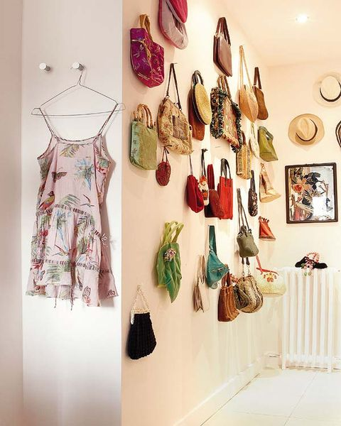 Clothes hanger, Fashion, Pattern, Natural material, Collection, Invertebrate, One-piece garment, Picture frame, Illustration, Fashion design,
