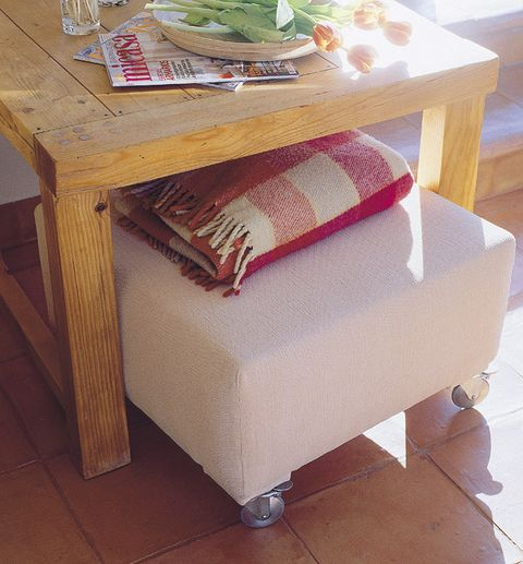 Floor, Flooring, Table, Hardwood, Linens, Rectangle, Wood stain, Meal, Home accessories, Produce,