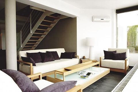 Room, Interior design, Wood, Stairs, Floor, Property, Wall, Living room, Couch, Furniture,