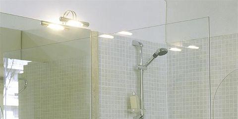 Plumbing fixture, Property, Wall, Bathroom sink, Room, Tile, Tap, Glass, Fluid, Sink,