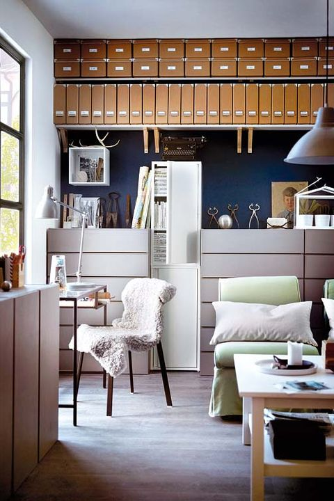 cuarto de escritorio con muebles de ikea