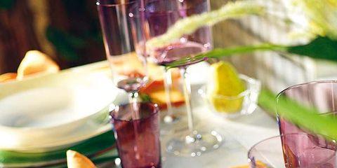 Serveware, Glass, Dishware, Drink, Barware, Drinkware, Alcoholic beverage, Tableware, Fluid, Liquid,