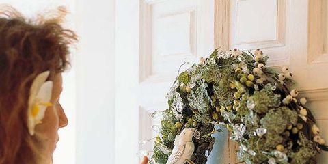 Wreath, Flower Arranging, Floral design, Red hair, Bouquet, Floristry, Brown hair, Hair coloring, Cut flowers, Wig,