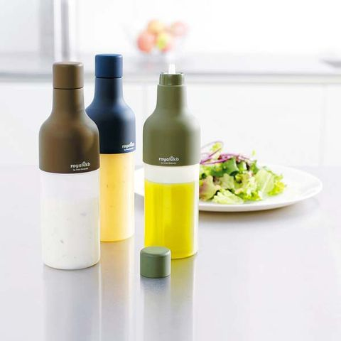 Liquid, Product, Dishware, Bottle, Bottle cap, Plastic bottle, Drinkware, Glass bottle, Serveware, Plate,