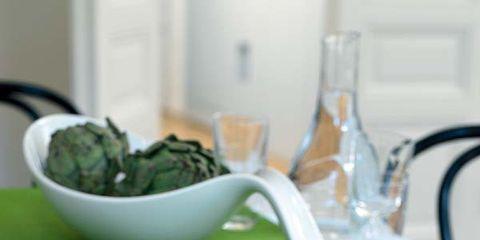 Serveware, Dishware, Food, Green, Cuisine, Tableware, Finger food, Ingredient, Plate, Dish,