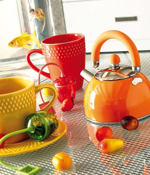 Serveware, Drinkware, Dishware, Cup, Tableware, Stovetop kettle, Orange, Mug, Coffee cup, Teacup,