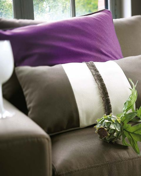 Textile, Purple, Interior design, Room, Violet, Lavender, Throw pillow, Pillow, Cushion, Linens,