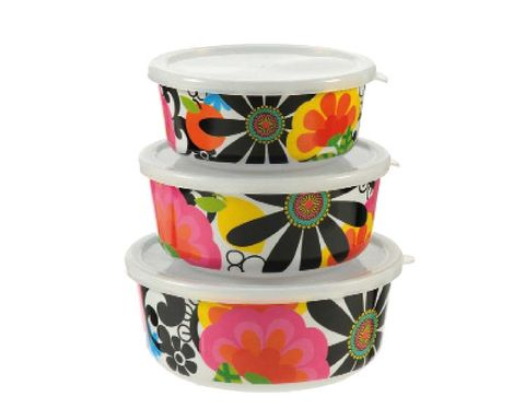 Costume accessory, Paint, Cylinder, Creative arts, Costume hat,