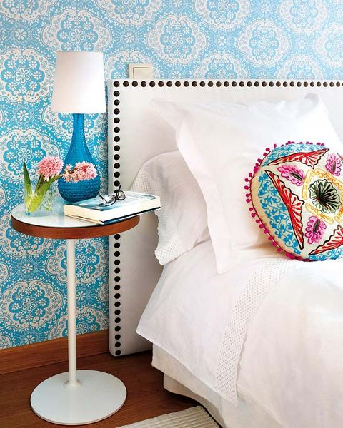 Blue, Textile, Room, Furniture, Turquoise, Teal, Linens, Aqua, Home accessories, Pattern,