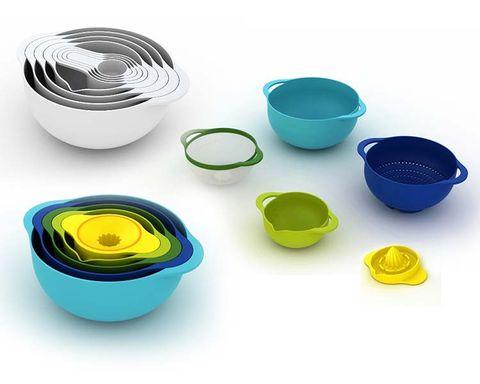 Blue, Serveware, Teal, Aqua, Colorfulness, Turquoise, Dishware, Plastic, Drinkware, Circle,