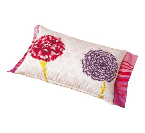 Textile, Cushion, Pink, Linens, Beige, Napkin, Throw pillow, Rectangle, Coquelicot, Home accessories,