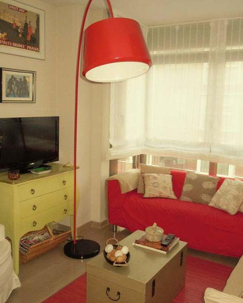 Room, Interior design, Wall, Furniture, Lamp, Lampshade, Interior design, Lighting accessory, Light fixture, Drawer,