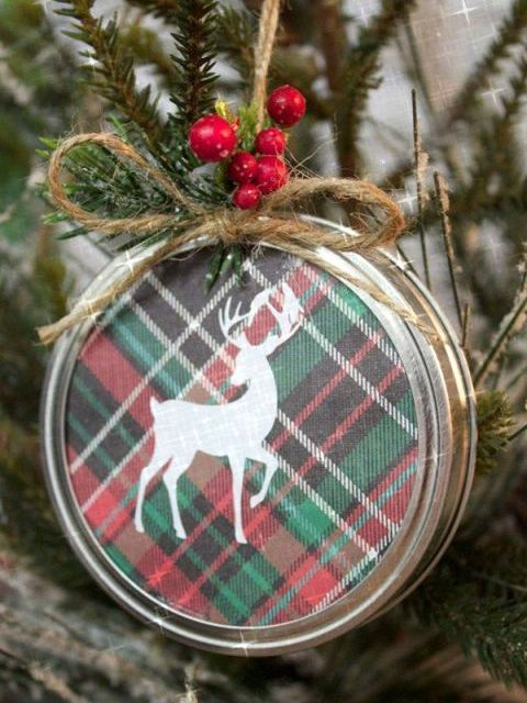 Deer, Red, Pattern, Woody plant, Reindeer, Carmine, Fawn, Twig, Natural material, Christmas decoration,