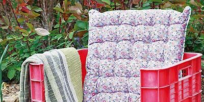 Textile, Throw pillow, Linens, Cushion, Rectangle, Couch, Pillow, Design, Outdoor furniture, Cabinetry,