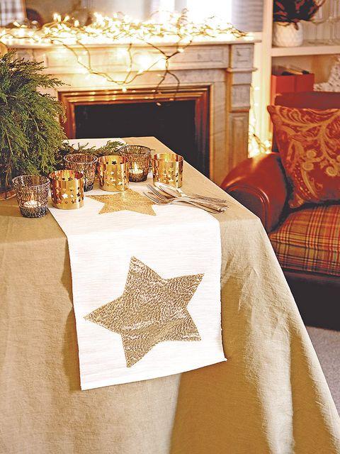 Textile, Interior design, Room, Interior design, Linens, Home accessories, Living room, Tablecloth, Home, Light fixture,