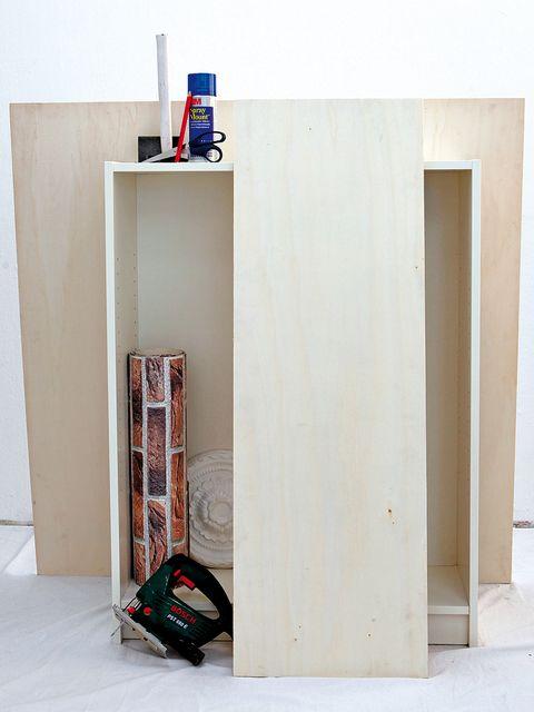 Wall, Floor, Beige, Paint, Plywood, Baggage,
