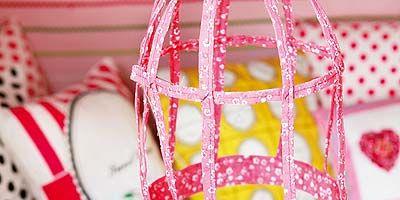 Pattern, Pink, Home accessories, Polka dot, Shoulder bag, Net, Natural material, Basket, Craft, Pattern,