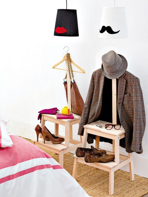Textile, Hat, Linens, Lamp, Sun hat, Beige, Lampshade, Stool, Fedora, Woolen,