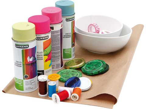 Dishware, Magenta, Pink, Serveware, Paint, Tints and shades, Plastic, Violet, Turquoise, Cosmetics,