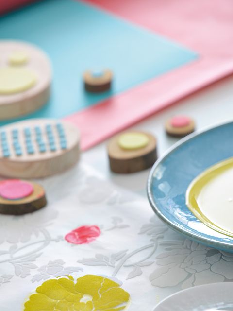 Serveware, Dishware, Porcelain, Ceramic, Tableware, earthenware, Paint, Plate, Pottery, Platter,