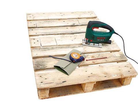 Wood, Hardwood, Tool, Saw, Lumber, Scale, Power tool, Plywood, Plank, Measuring instrument,