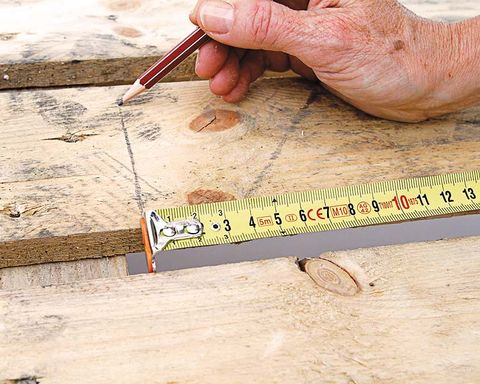 Human, Finger, Adaptation, Thumb, Nail, Office ruler, Ruler, Tape measure, Artisan, Measuring instrument,