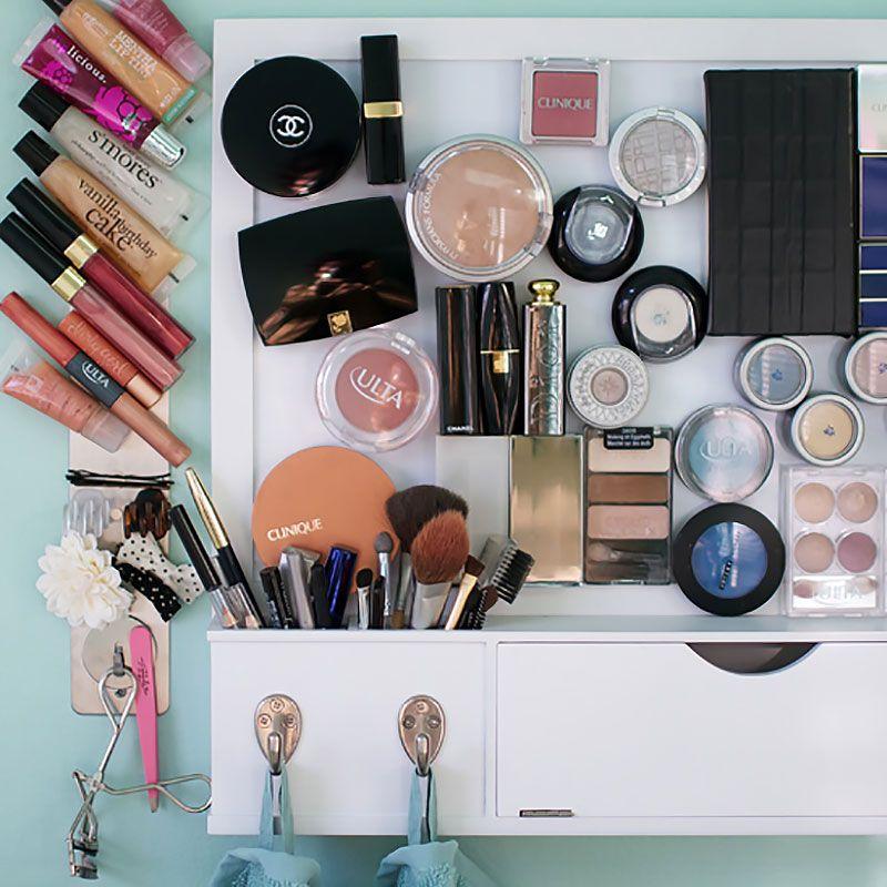 Ideas para organizar tu maquillaje con tableros magnéticos