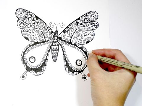 Invertebrate, Finger, Arthropod, Insect, Pollinator, Butterfly, Style, Nail, Wing, Pattern,