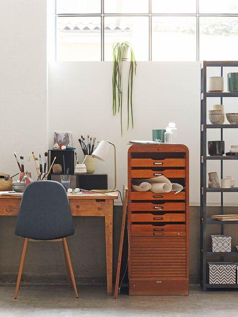Wood, Room, Drawer, Chest of drawers, Furniture, Interior design, Cabinetry, Dresser, Hardwood, Shelving,
